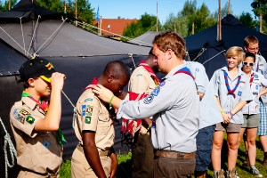 Scout from Germany handover Scarf to Zimbabwe