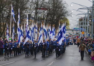 The block of some 65 Finnish Flags opening the Partioparaati 2014