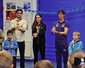 HRH The Duchess of Cambridge and Steve Judge promise to do their best and live the Scout Law in British Sign Language