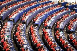 800 jeunes dans l'hémicycle du parlament de l'Union Européenne